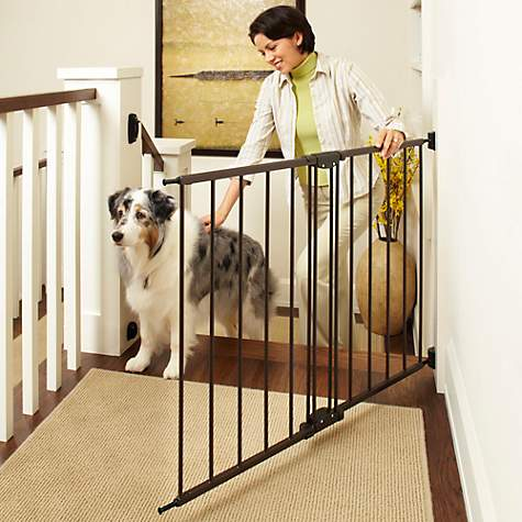 North States Easy Swing Lock Pet Gate 28 6 47 8 W X 31 H
