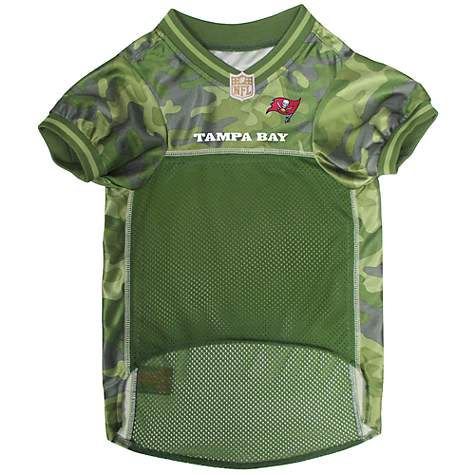 c9f58415 Pets First Tampa Bay Buccaneers Camo Jersey, X-Small
