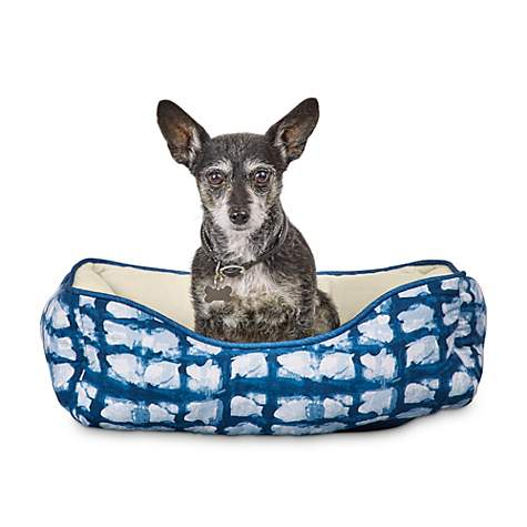 Superb You Me Indigo Tie Dye Print Nestler Pet Bed 20 L X 17 W Squirreltailoven Fun Painted Chair Ideas Images Squirreltailovenorg