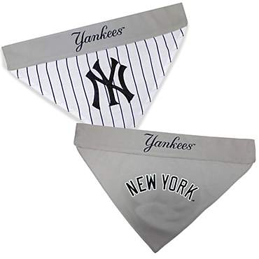 Pets First New York Yankees Reversible Bandana for Dog